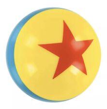 """Nuevo Disney Parks Pixar Luxo Amarillo Azul Rojo hinchable bola 4"""" bola mundo Disneyland"""