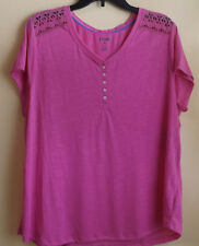 CHAPS  Ladies Top / Size X - Large / NWT