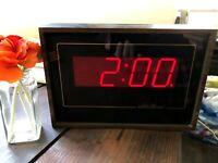 c.1980-90's VTG Seth Thomas Clock Digital Red Display Faux Wood Wall or Table