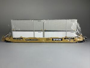 Athearn HO TTX 56' Well Car loaded with 4 containers ATH91100