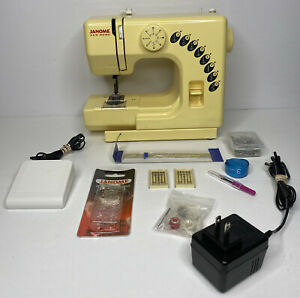 Janome New Home Sewing Machine Honeycomb Model Rarely Used!