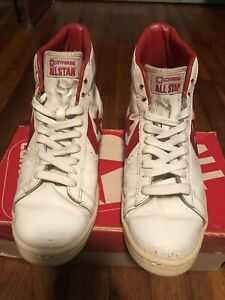 Vintage All Star Red And White Converse Size 9 and a half In Original Box