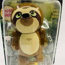NEW SLOTH POOPER COLLECTIBLE TOY CANDY DISPENSER WIND-UP WALKS & POOPS CANDY