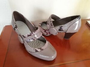 Clark's ladies taupe/snakeskin effect leather Mary jane shoes 4.5D UK/37.5 EU