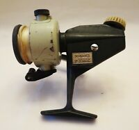 VINTAGE Abu Zebco 4 Cardinal  Spinning Fishing Reel Made in Sweden