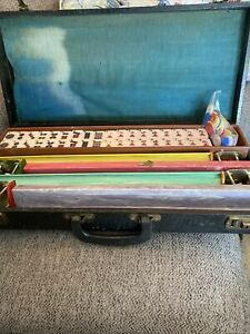 Vintage 1950's Cardinal Bakelite Mahjong Set 152 Tiles Locking Case.