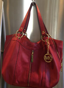 MICHAEL KORS MOXLEY GENUINE LEATHER SHOULDER PURSE IN RED