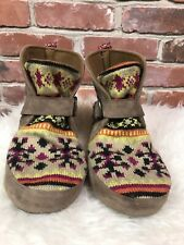 Mukluks Boots Botties Slippers Knit Faux Suede Size 8 9