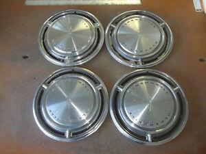 "1969 69 Oldsmobile 88 98 LSS Hubcap Rim Wheel Cover Hub Cap 15"" OEM USED 4012 4"