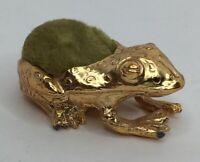 Vintage VTG Florenza Frog Sewing Pin Cushion Gold Tone w/Green Velour Cushion