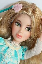 Liv Doll Hayden Blonde Green Eyes Wig Outfit Boot Articulated Spinmaster