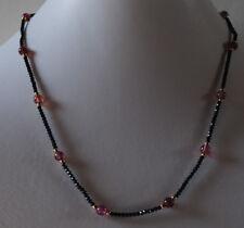Halskette mit natürlichen Turmalin Kugeln und schwarzen Spinell Kugeln
