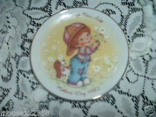 Avon Collector Plate 1982 Mother's Day Boy w Dog