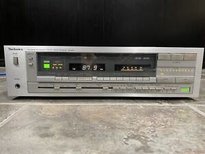 Vintage Technics SA-810 Receiver Not tested Powers Up