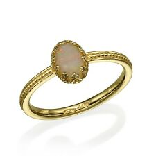 14K Yellow Gold Ring with Opal, Vintage style
