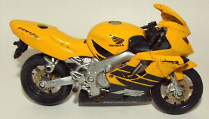 Maisto Die Cast Honda Motorcycle in Yellow