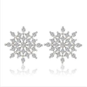 Women Elegant Fashion Silver Rhinestone Snowflake Crystal Ear Stud XU