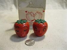 Anthropomorphic Plastic Kissing Strawberries Salt and Pepper Shakers          26
