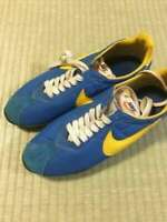 Nike vintage sneakers free shipping from Japan Beauty products size 26 Rare!