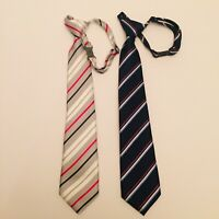 Children's Place 1989 boysSilver And Navy Neck Tie adjustable clip Size 4-7
