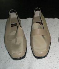 AEROSOLES  ladies beige loafer shoes size 9B NEW