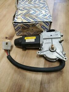 NEW NOS Genuine Nissan Passenger Right Headlight Motor 83 84 Nissan PULSAR NX