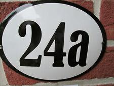 Hausnummer Oval Emaille schwarze Zahl Nr. 24a  weißer Hintergrund 19 cm x 15 cm