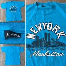 Vintage New York City Manhattan World Trade Center Twin Towers Graphics T-Shirt