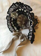 "Stile antico vintage silk Bambola BONNET Cappello 13"" circonferenza sottile Cotone Pizzo"