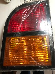 TBB100058 THOMAS C2 REAR RH RIGHT WARNING LAMP ASSEMBLY BLUE BIRD TAIL LIGHT BUS