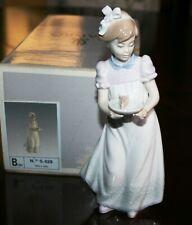 "Lladro 5429 ""Happy Birthday"" Girl Cake & Original Box, Retail $210"
