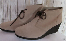 CROCS Leigh Wedge Women's W 10 Dual Comfort Beige Lace up Suede Ankle Boots