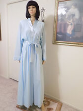 LUCIE ANN *RARE* 1973 vintage BLUE & SATIN HALTER TOP PEIGNOIR SET size L large