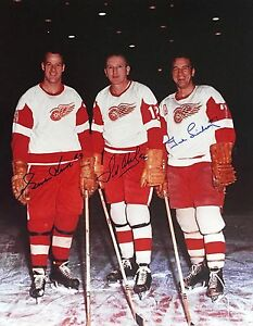 Production Line - Abel, Lindsay, Howe - Detroit Red Wings - signed 16 x 20 photo