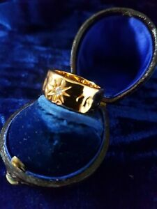 22ct Gold Plated Diamond Cut Stone Crystal signet Ring Size N Stunning