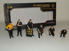 1/18 True Scale TSM Pit Crew Figurine Classic Style Team Lotus JPS set 6 workers