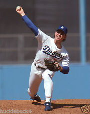 MIKE MORGAN in action Los Angeles Dodgers Photo 1989 (c)