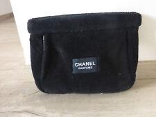 ancienne trousse de toilette maquillage Chanel Parfums noire vintage collection