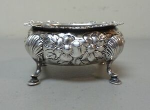Gorham Sterling Silver Salt Cellar, Chased REPOUSSE Design, 71 grams