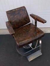 Takara Sport Belmont Barber Chair - Brown Camo