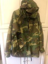 Woodland Camo Gore-tex Cold Weather US Military Parka Jacket Sz Medium Long EUC