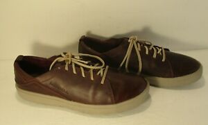 Merrell Women's Huckleberry Brown leather Comfort Walking Shoes-Size 9