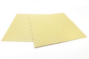 "LEGO 2 X TAN BASEPLATES (Base Plate Board) 32x32 Pin 10 "" x 10 "" - BRAND NEW"