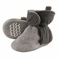 Hudson Baby Unisex Baby Cozy Fleece Booties with, Charcoal/Heather Gray, Size  m