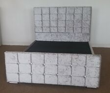 Cuba 4ft6 Double SILVER Crush Velvet Bed Frame with Buttoned Headboard