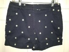 Briggs New York navy blue daisy embroidered stretch cotton cuffed shorts. 8