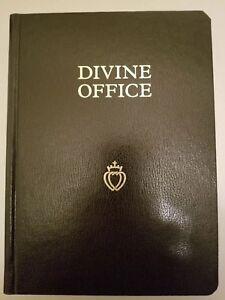 The Divine Office / Divinum Officium in Latin and English