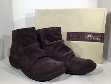 Clarks Avington Swan Womens Size 10 Purple Suede Ankle Zip Boots Shoes X10-1242
