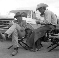 SAM PECKINPAH with Steve McQueen on the set JUNIOR BONNER rare candid #12