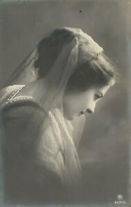1900's VINTAGE German REAL PHOTO LOVELY YOUNG WOMAN with VEIL POSTCARD - UNUSED